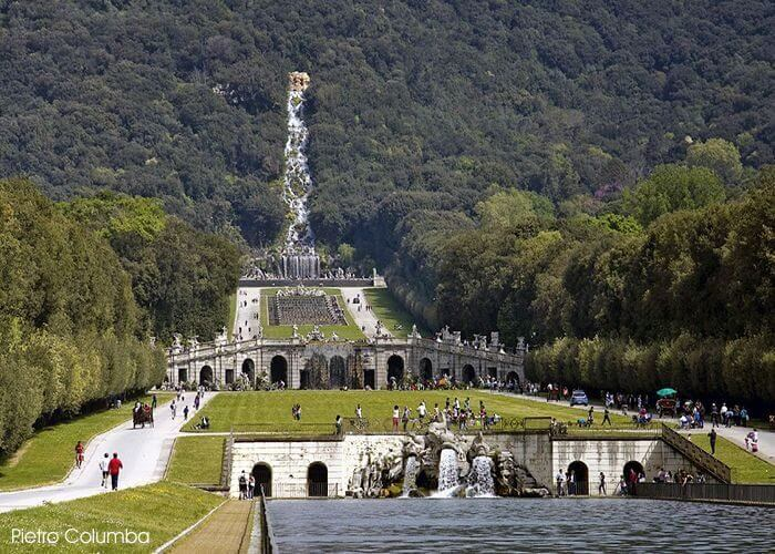 1 Fountain Delfini Caserta Palace1 1 700x500, Unofficial Website of the Royal Palace of Caserta