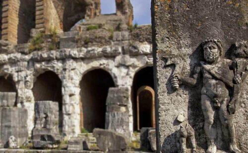 Caserta Capua Anfiteatro Spartaco 4 500x309, Reggia di Caserta UnOfficial