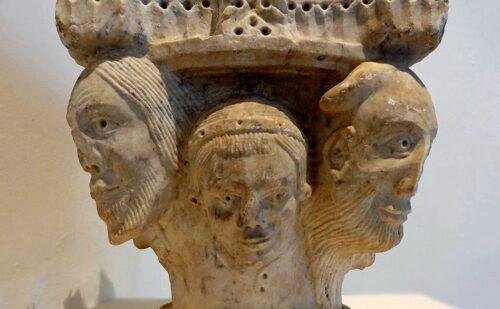 Caserta Capua Museo Campano Marmi Romanici 2 500x309, Reggia di Caserta UnOfficial