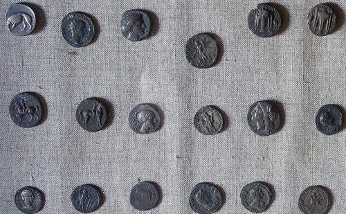 Caserta Capua Museo Campano Monete 500x309, Reggia di Caserta UnOfficial
