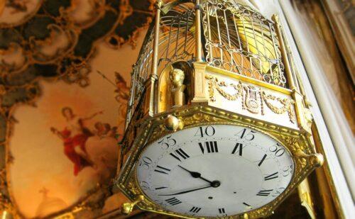 Orologio Maria Antonietta Carolina Caserta 500x309, Sito non ufficiale della Reggia di Caserta
