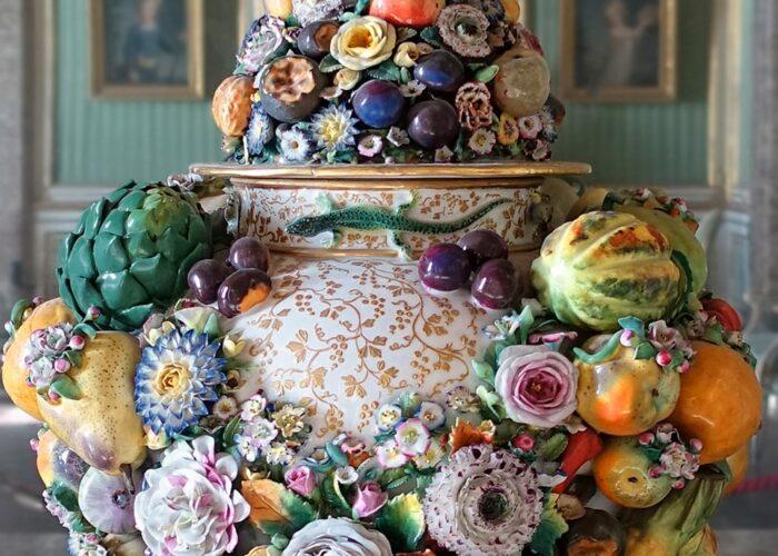 Reggia Caserta Vaso Porcellana Meissen 700x500, Sito non ufficiale della Reggia di Caserta